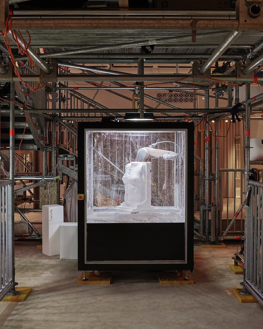 Artist Graham Hudson built a robotic installation for Burberry   Dazed 6752572e64