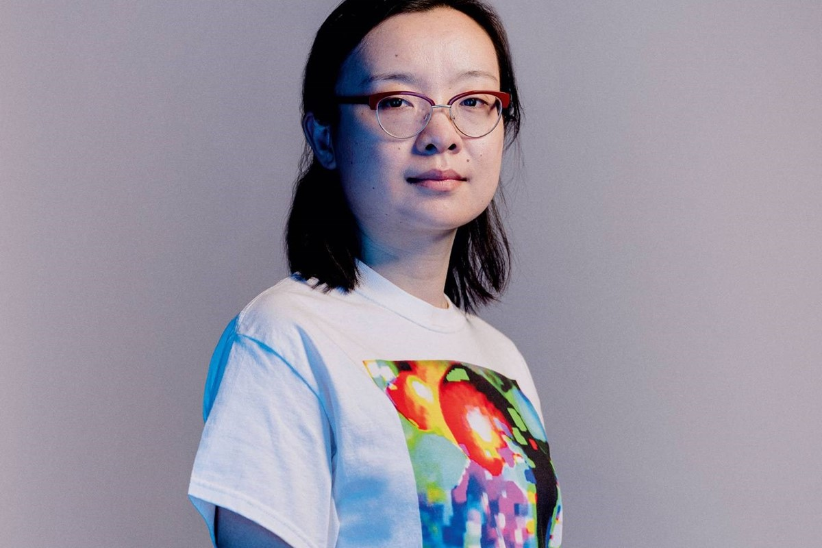 This ugly AF t-shirt blocks facial recognition technology