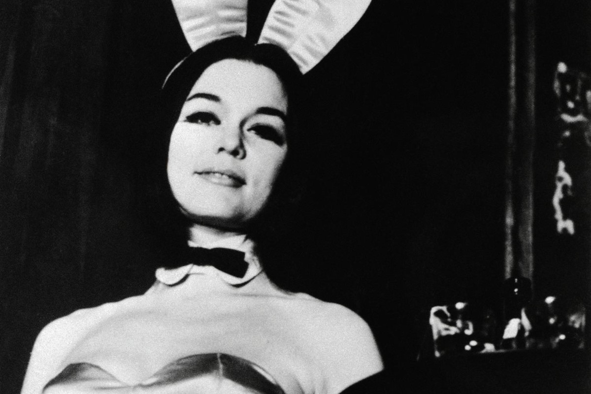 d2c13914d0fe That time Gloria Steinem went undercover as a Playboy Bunny. FashionSecret  History