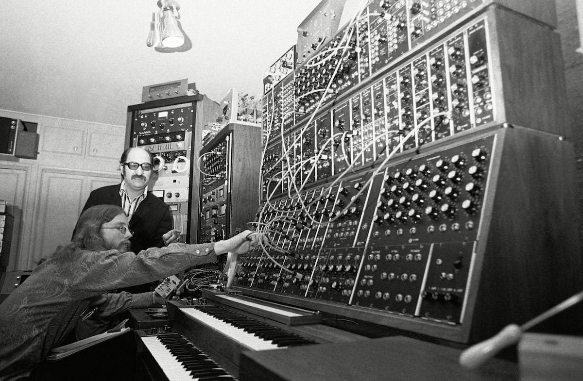 Mort Garson using a Moog synthesiser