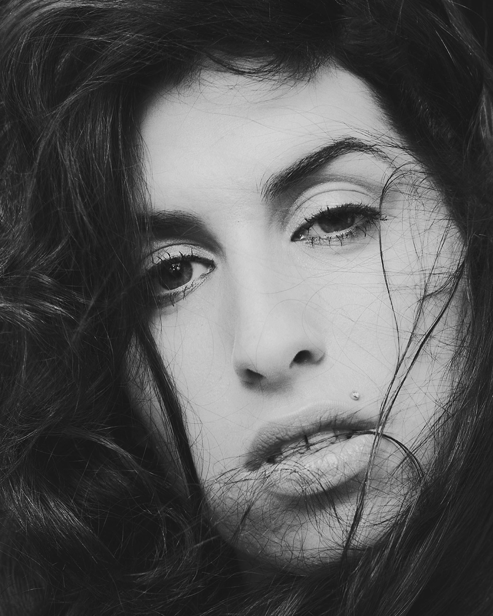 Phil Knott's Amy Winehouse, Didn't Know You Cared 0