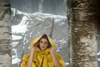 Eiko Ishioka Mirror Mirror yellow cape 5