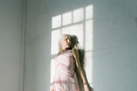 Model wears Simone Rocha 6
