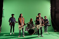 Behind the scenes of Metronomy's 'Lately' video 2
