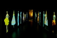 Video installation of Dior shows by Wang Gongxin 12