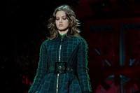 Versace AW15 Dazed runway womenswear emerald green coat belt 3