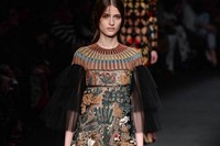 Valentino AW15 Dazed runway womenswear birds lions embroider 25