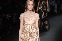 Valentino AW15 Dazed runway womenswear beige layer shimmer 8