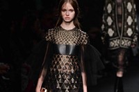 Valentino AW15 Dazed runway womenswear leather triangle gold 19