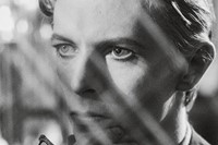 David Bowie - The Man Who Fell To Earth 2