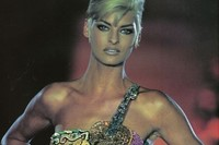 Linda Evangelista for Gianni Versace AW91, Dazed Digital 16