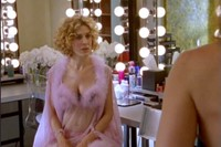Every outfit on Sex & the City 4