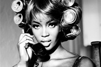 Naomi's Rollers, Naomi Campbell, Interview Magazin 7