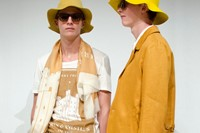Burberry Prorsum SS15 Mens collections, Dazed backstage 1