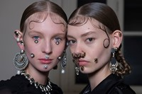 Givenchy AW15, Dazed, Womenswear, Drop Earrings, Pearls 8