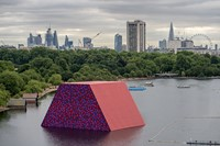 Christo and Jeanne-Claude: Urban Projects 8