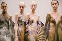 Iris Van Herpen AW19 Couture paris fashion week 24 23