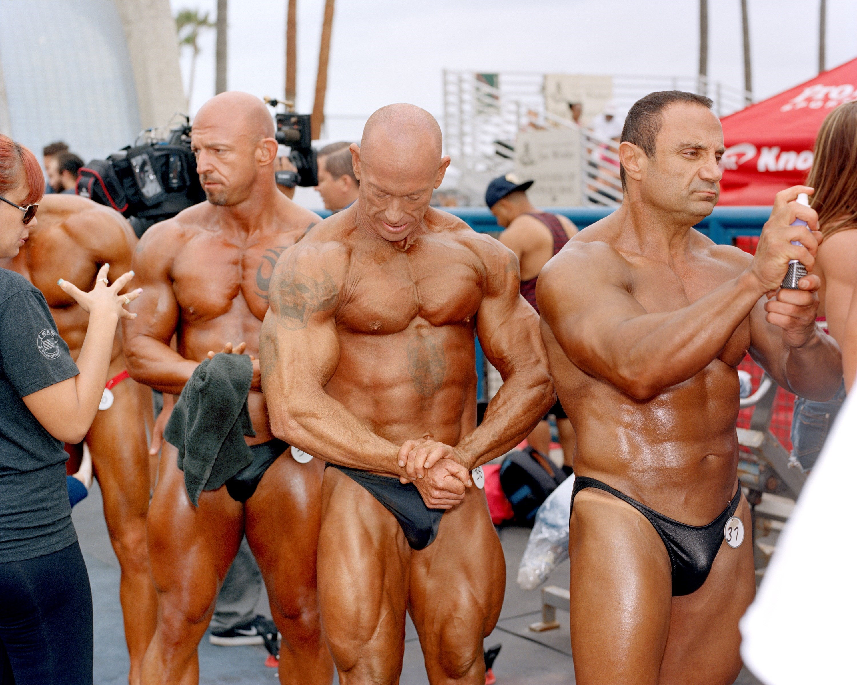 The Big Stretch Middle Aged Male Bodybuilders On The Pursuit Of Perfection Dazed Beauty