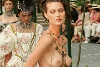 Shalom harlow nude what