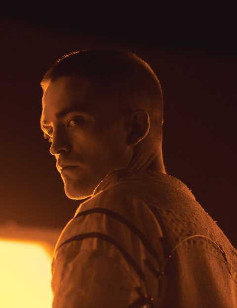 Monte (Robert Pattinson) in High Life