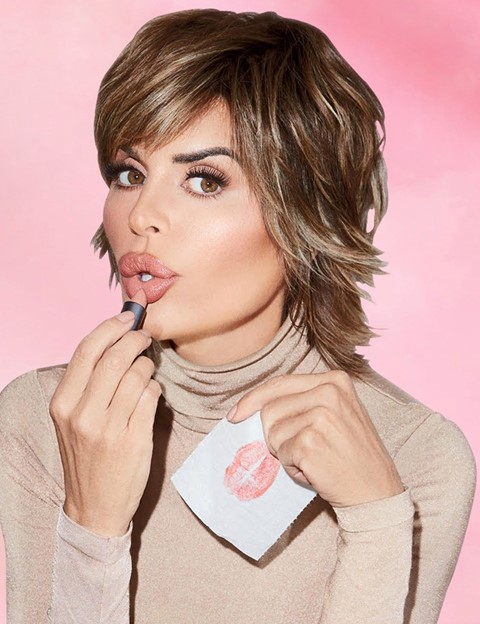 Lisa Rinna Beauty brand lip kit lipstick