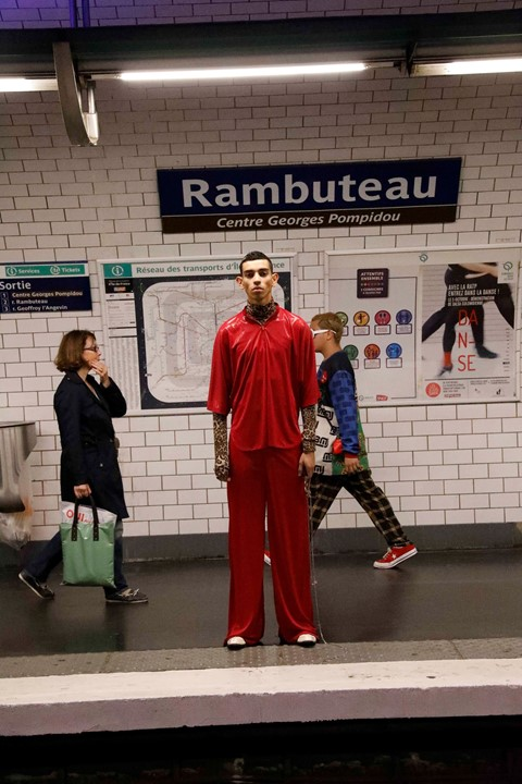 DUMITRASCU SS18 paris metro pfw fashion