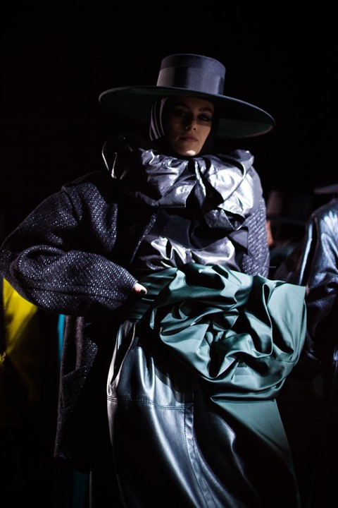 marc jacobs aw18 show new york nyfw 80s