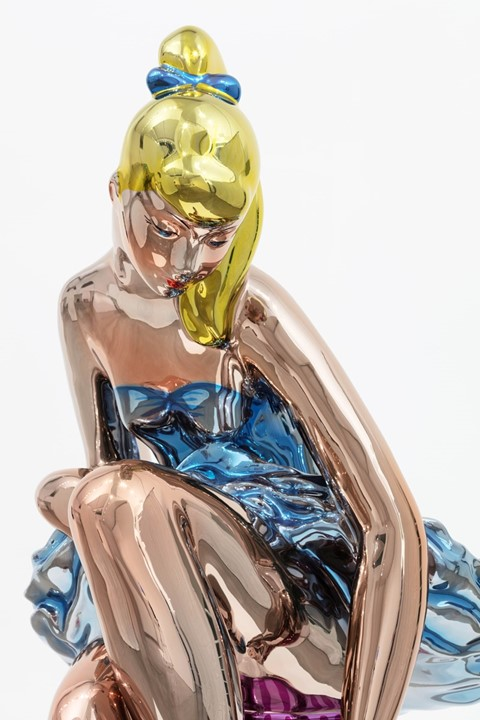 Reflecting on why the art world loves to hate Jeff Koons