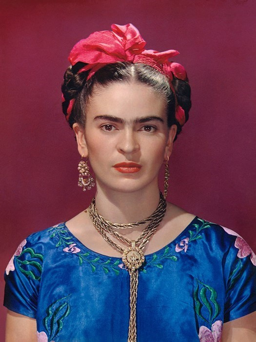 Turn yourself into a Frida Kahlo painting new selfie filter