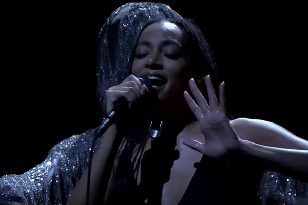Watch Solange perform a When I Get Home mini-concert on Fallon