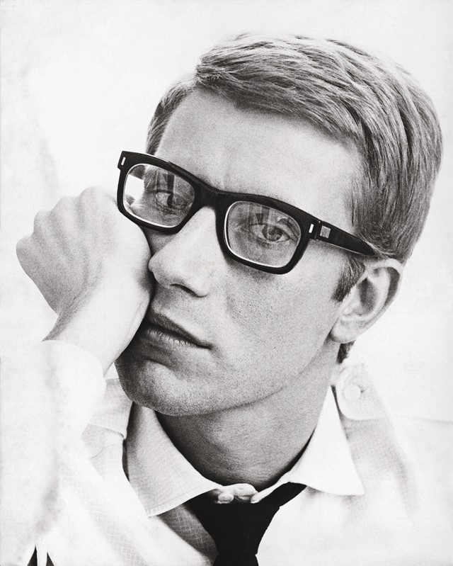 Portrait of Yves Saint Laurent in 1964_©Fondation
