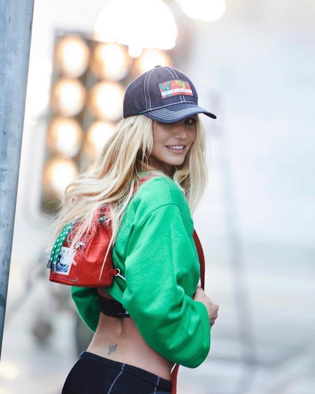 kenzo britney spears campaign peter lindbergh