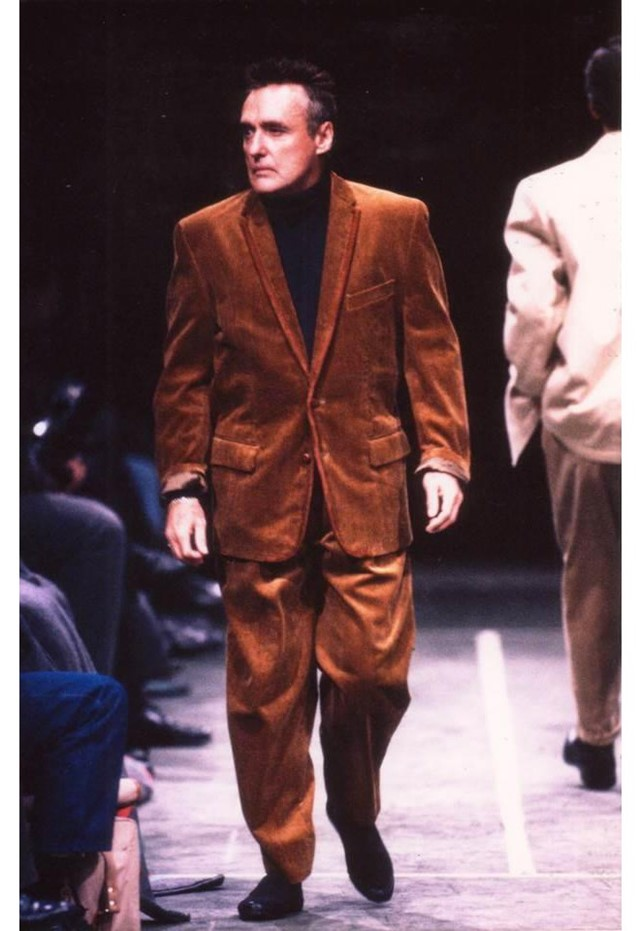 01129972 Tupac, McQueen, and Kraftwerk: nine of the most surprising runway ...