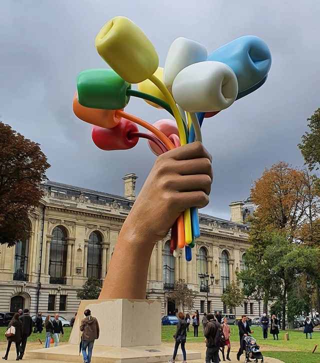 Jeff Koons, Bouquet of Tulips 2019 Paris