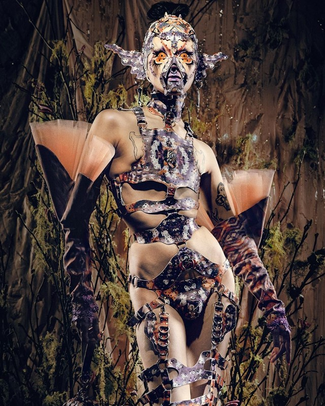 ISSHEHUNGRY: The distorted drag queen touring and collaborating with Björk