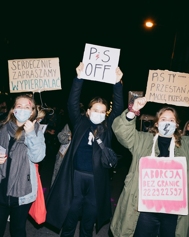 Poland's abortion law ruling protest 18