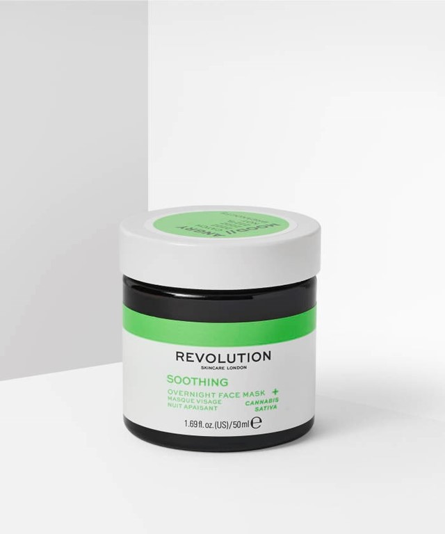 Revolution Skincare – Soothing overnight face mask