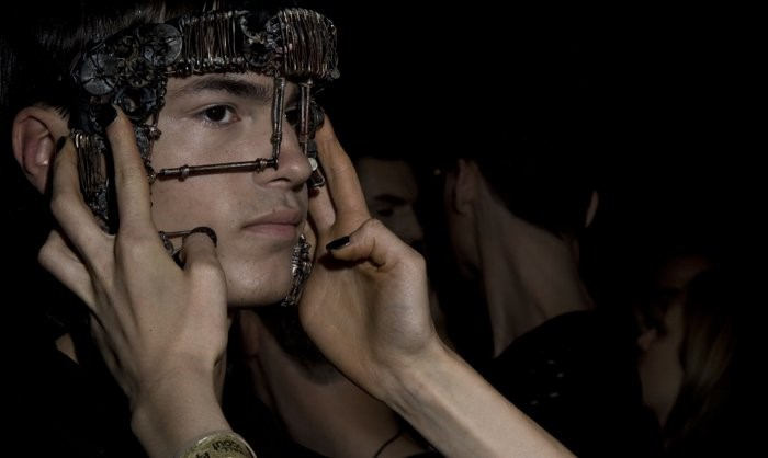 Backstage at Komakino S/S 10 show.