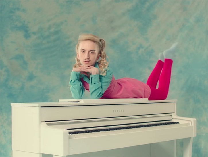 "Watch Tommy Cash's super unnerving new video, ""Little Molly"""