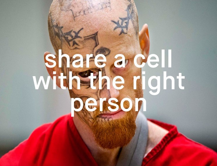 Cell phone pictures on men in prison sorry
