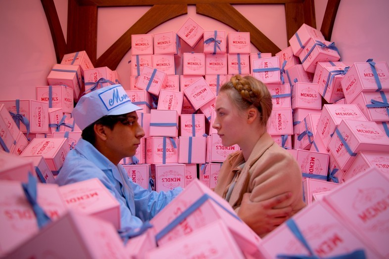 Tony Revolori and Saoirse Ronan in The Grand Budap