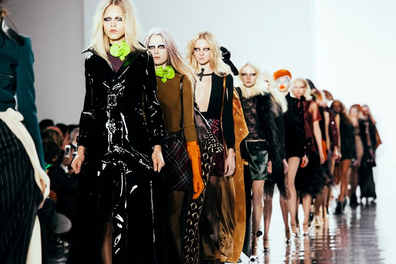 Maison Margiela AW15, Runway Dazed, Paris, Womenswear