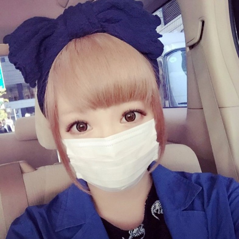 @kyarykyary0129 via Instagram surgical masks japan