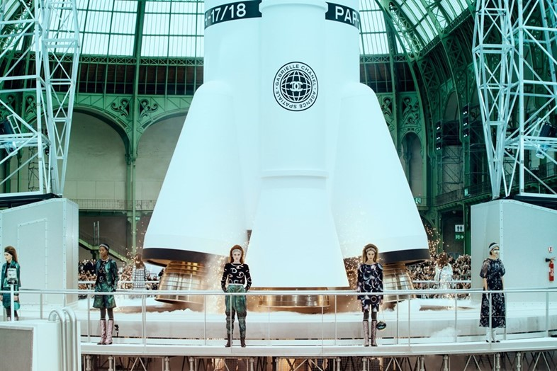 round up - Chanel AW17 lillie