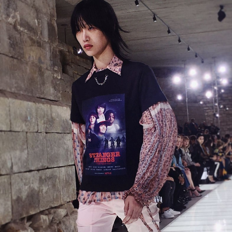 louis vuitton ss18 paris pfw fashion stranger things