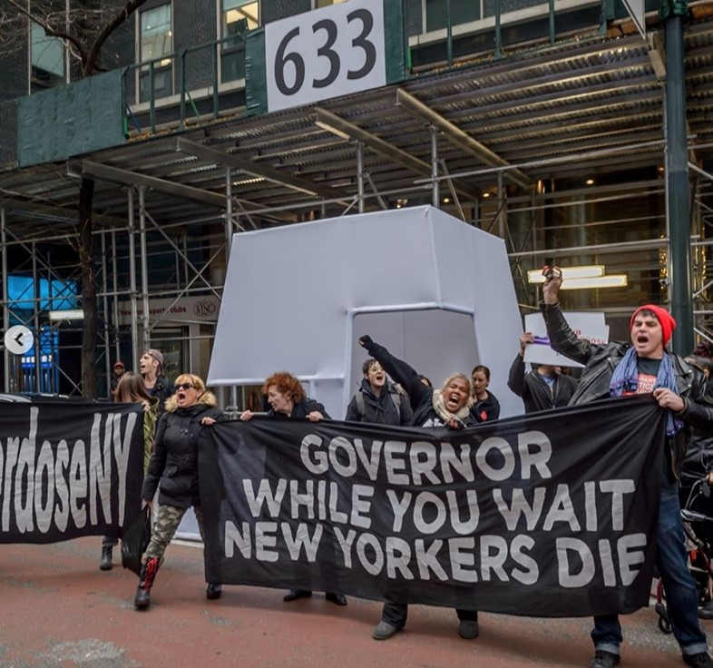 Nan Goldin and PAIN activists protest at Cuomo's NY office