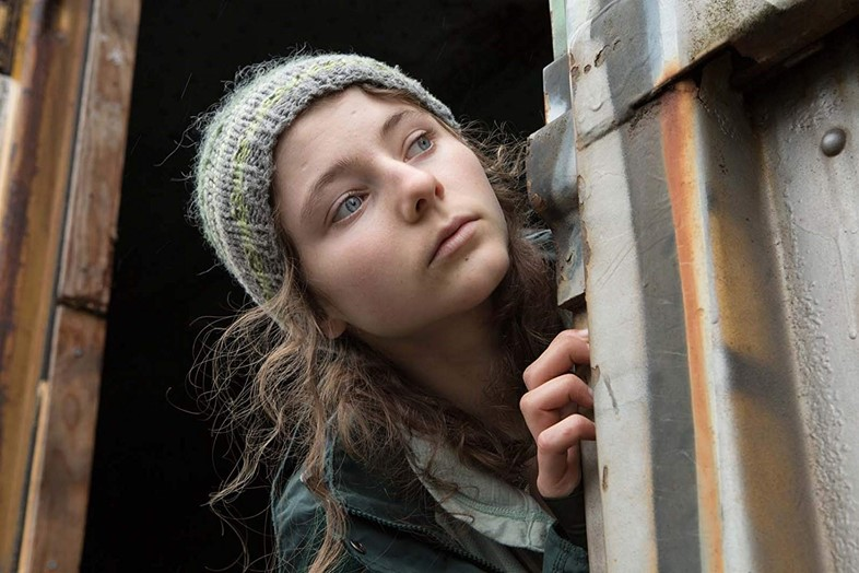 Thomasin McKenzie in Leave No Trace