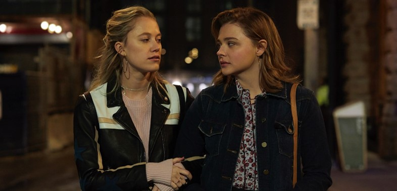 Chloe Grace Moretz and Maika Monroe in Greta