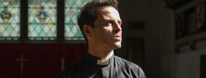 Andrew Scott playing Hot Priest in Fleabag