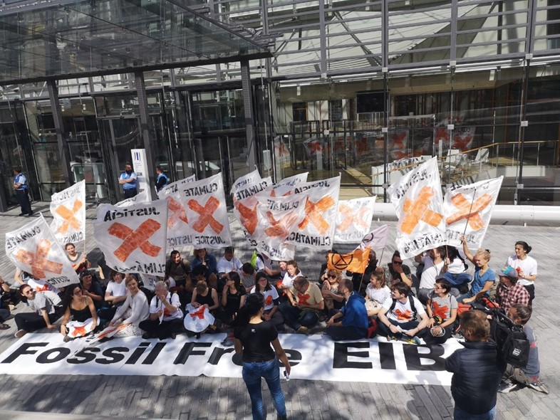 Demonstrators outside EIB Luxembourg for fossil fuels